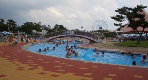 サンシャインプール 流水プール
